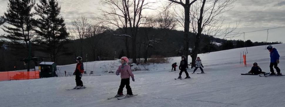 OQS kids skiing.jpg